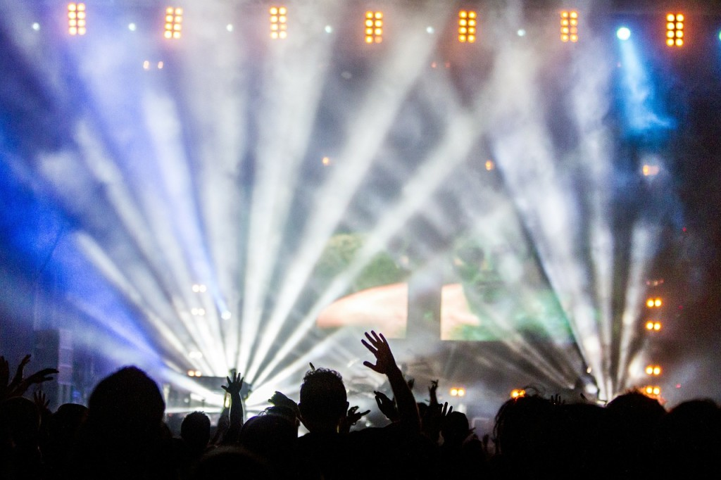 Feste concert-336695_1280 via Pixabay