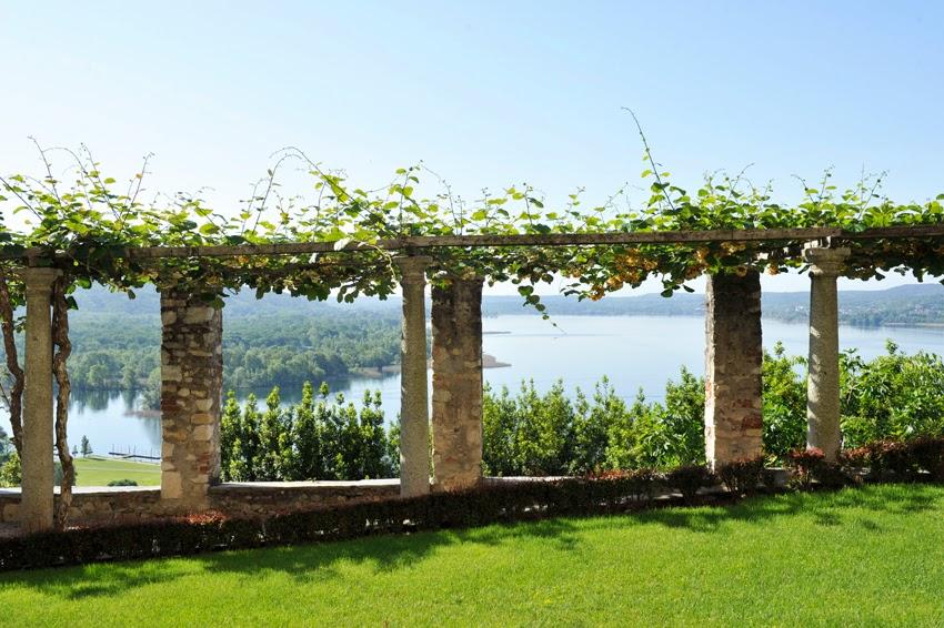 Matrimonio romantico in Castello, alla Rocca...Lago maggiore con essenza eventi