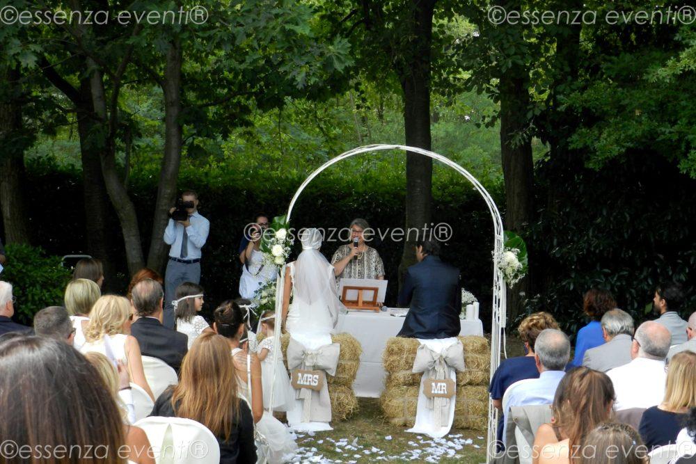 Cerimonia simbolica Francesco e Anita by Essenza Eventi Celebrante