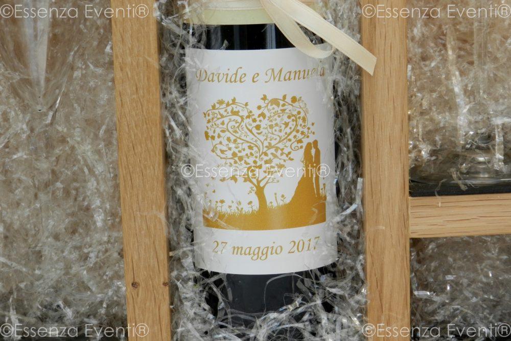 Love letters and Wine Box ceremony by Essenza Eventi Celebrante
