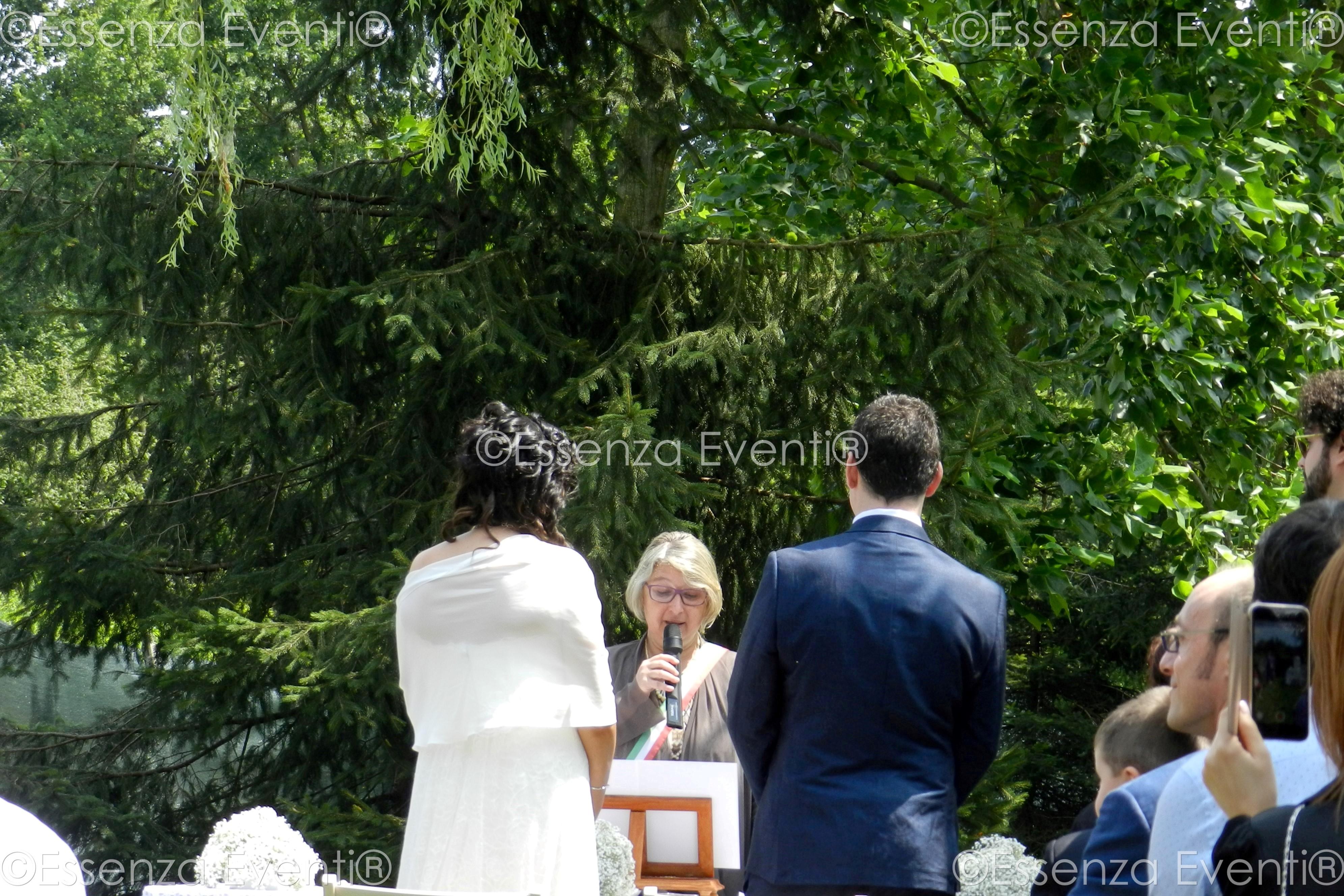 Celebrante Matrimonio Simbolico Puglia : Celebrante matrimonio simbolico puglia essenza eventi