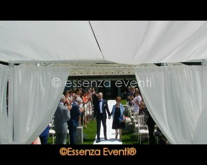 celebrante cerimonia simbolica essenza eventi entrata sposo