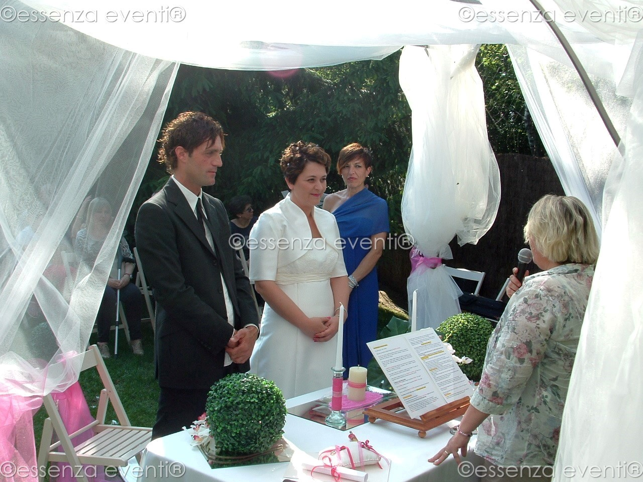 Matrimonio Simbolico Testi : Célébrante mariage symbolique essenza eventi