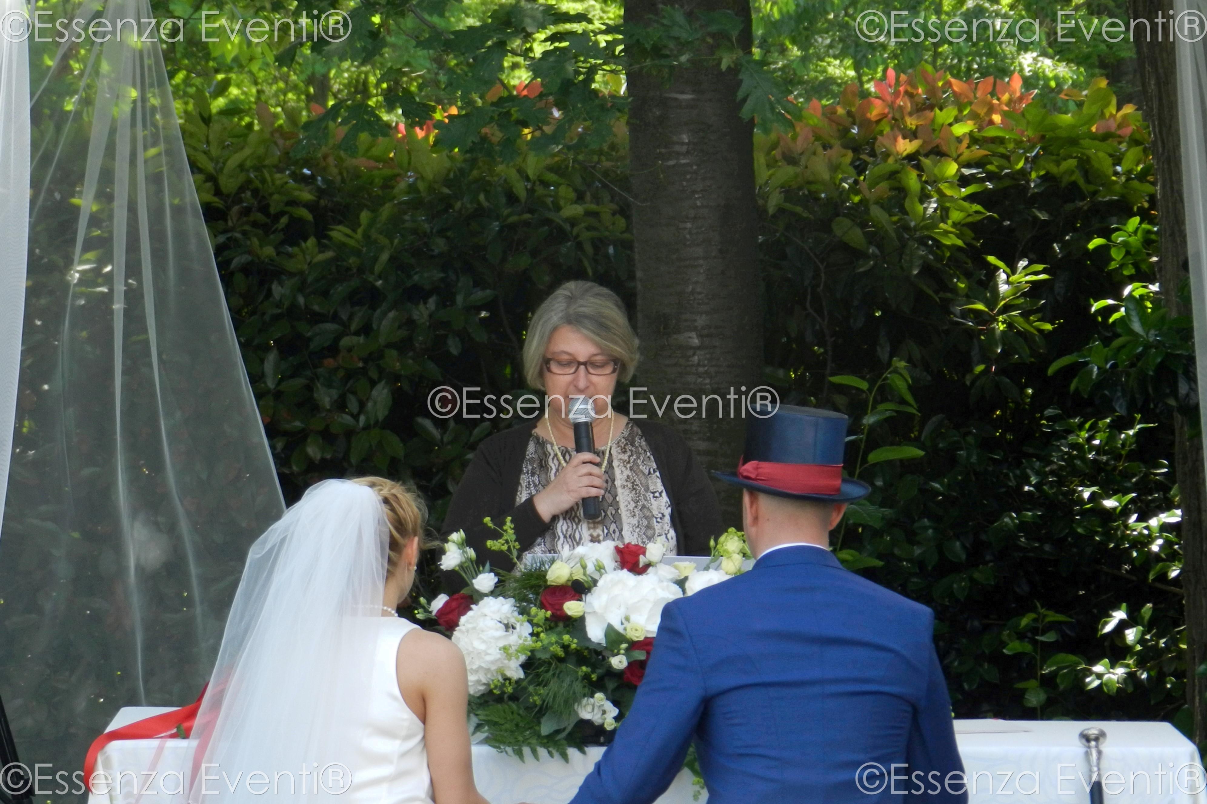 Celebrante Matrimonio Simbolico Veneto : Celebrante matrimonio simbolico essenza eventi