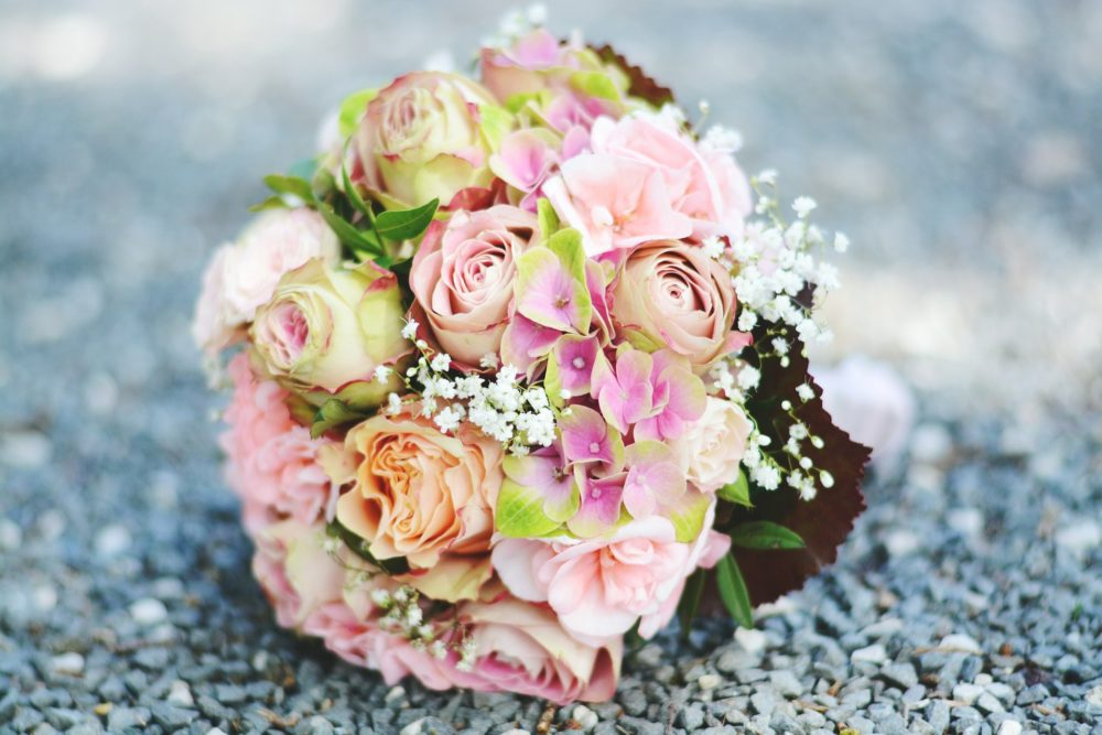 WEDDING bouquet-2513555_1920